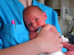 Как выглядит ребенок в 1 месяц жизни фото